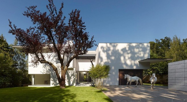 alexander brenner architekten su house. Black Bedroom Furniture Sets. Home Design Ideas