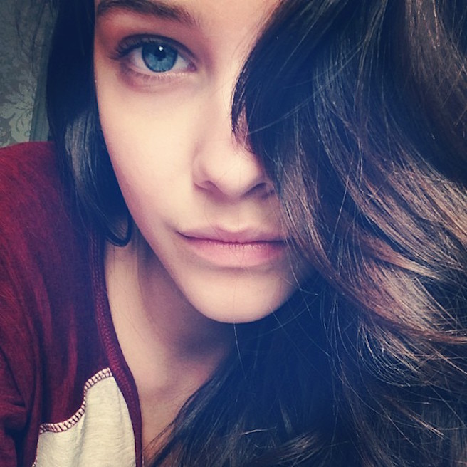 BarbaraPalvin-realbarbarapalvin-Instagram-Effronte-Instagirl-Hongrie-Hongroise-Sexy-Jolie-Mannequin-Yeux-Top-Model_10