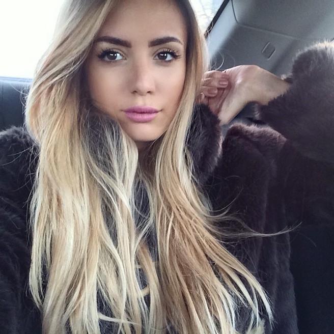Tatjana Catic-Instagirl-Instagram-Sexy-Jolie-Blonde-Bikini-Serbe-Autrichienne-Blogueuse-Mannequin-Top-Model-01