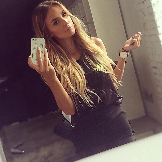 Tatjana Mariposa-Instagirl-Instagram-Sexy-Jolie-Blonde-Bikini-Serbe-Autrichienne-Blogueuse-Mannequin-Top-Model-12