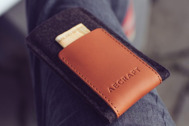 aecraft-mac-iphone-ipad-serviette-document-cuir-laine-mérinos-style-protection-design-01