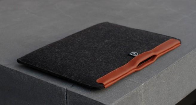aecraft-mac-iphone-ipad-serviette-document-cuir-laine-mérinos-style-protection-design-02