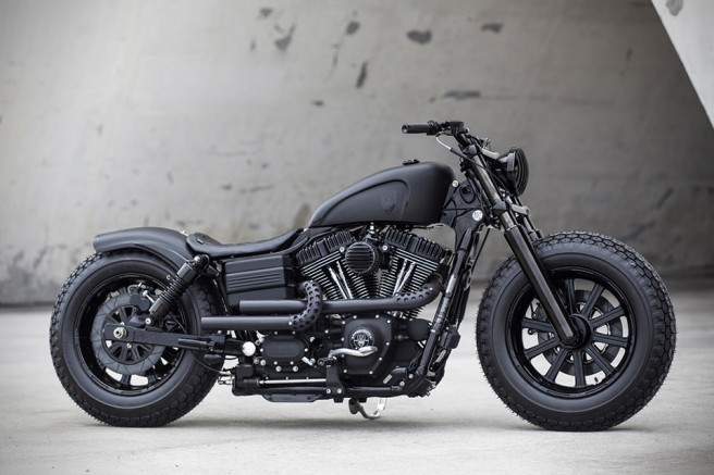 harley-davidson-2009-fat-bob-dyna-guerilla-par-rough-crafts-4