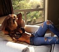 Ellie Gonsalves-Instagirl-Instagram-Sexy-Blonde-Bikini-Wildfire-Warriors-Model-Mannequin-Australienne-Incredible-Swimwear-effronte-14