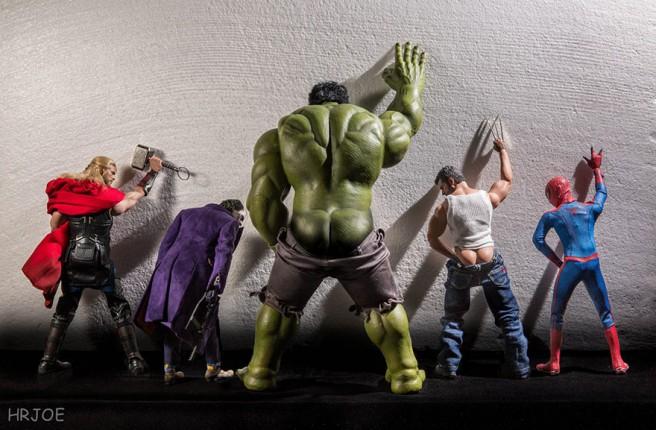 La-vie-secrète-des-super-héros-en-figurine-par-EDY-HARDJO-02