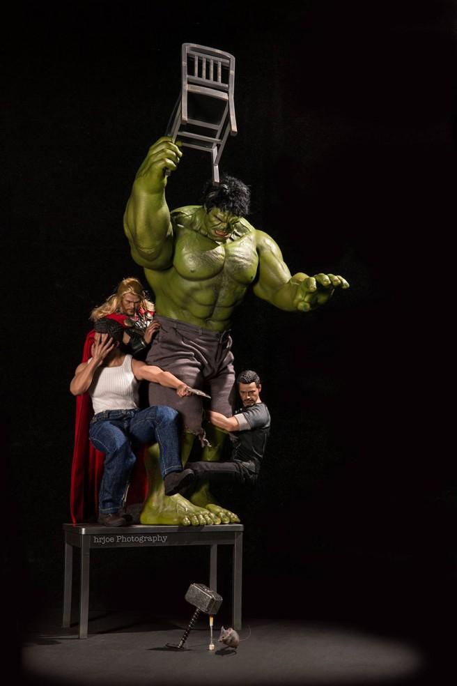 La-vie-secrète-des-super-héros-en-figurine-par-EDY-HARDJO-07