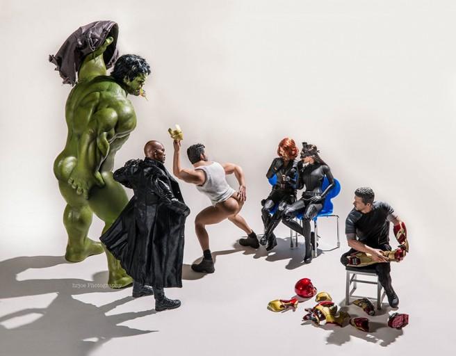 La-vie-secrète-des-super-héros-en-figurine-par-EDY-HARDJO-09