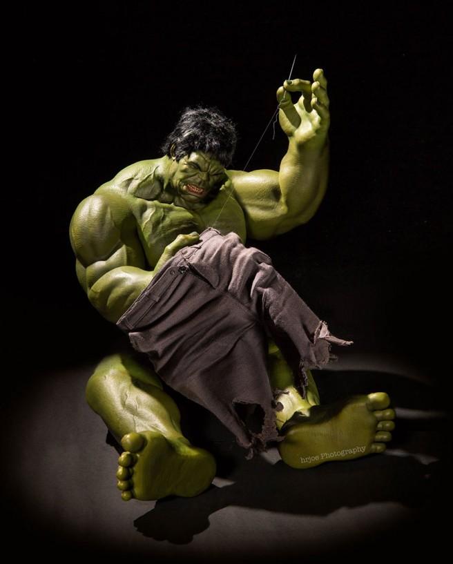 La-vie-secrète-des-super-héros-en-figurine-par-EDY-HARDJO-11