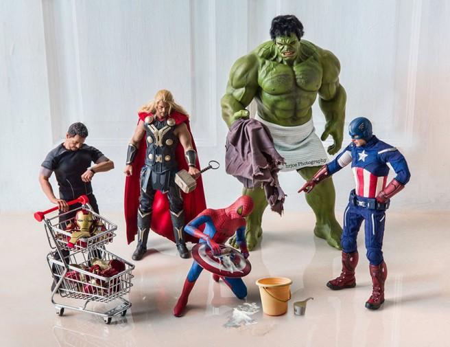 La-vie-secrète-des-super-héros-en-figurine-par-EDY-HARDJO-14