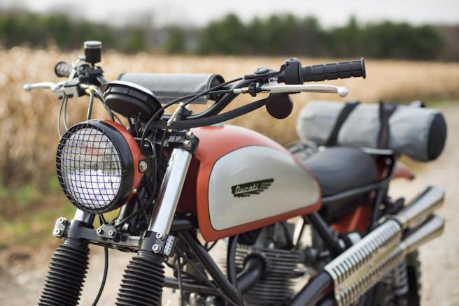 ducati-custom-super-scrambler-analog-motorcycles-04