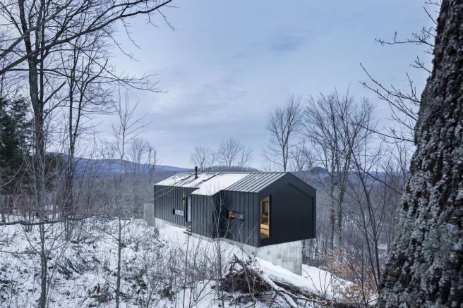 Bolton-Residence-par-NatureHumaine-Cabinet-Architecture-effronte-01