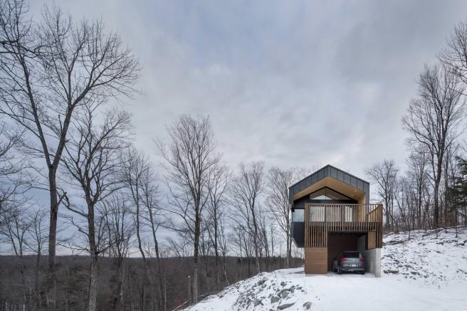 Bolton-Residence-par-NatureHumaine-Cabinet-Architecture-effronte-02