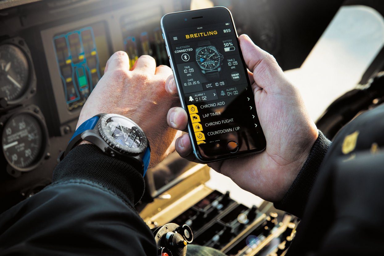 Breitling-B55-Connected-Breitling-Connectée-art-basel-innovation-montre-luxe-effronte-04