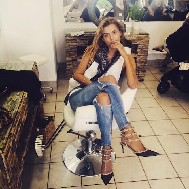 Cheyenne Tozzi-Instagirl-Instagram-Sexy-Jolie-Fille-Blonde-Bikini-Model-Mannequin-Chanteuse-Van-Hoorn-Australienne-Australie-effronte-01