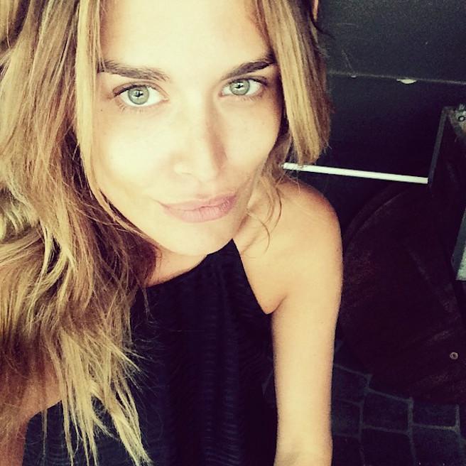 Cheyenne Tozzi-Instagirl-Instagram-Sexy-Jolie-Fille-Blonde-Bikini-Model-Mannequin-Chanteuse-Van-Hoorn-Australienne-Australie-effronte-04