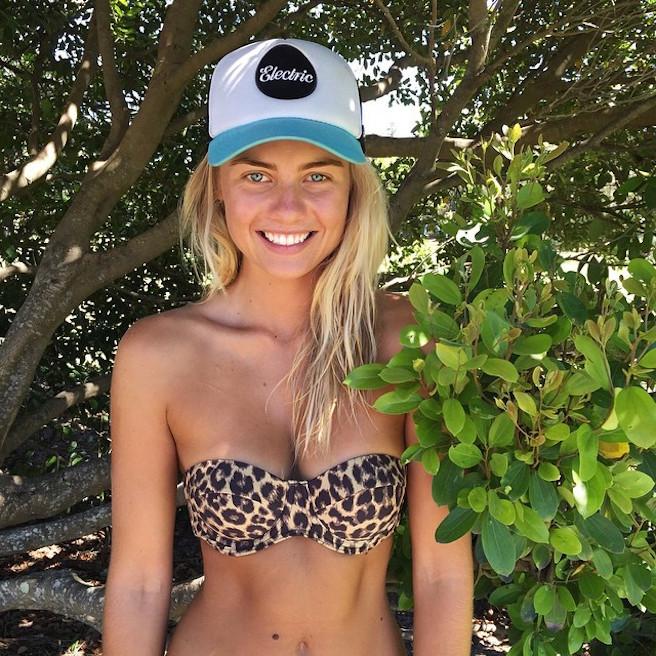 Elyse Knowles-Instagirl-Instagram-Sexy-Blonde-Bikini-Wilhelmina-Model-Mannequin-Australienne-Melbourne-Jolie-effronte-06