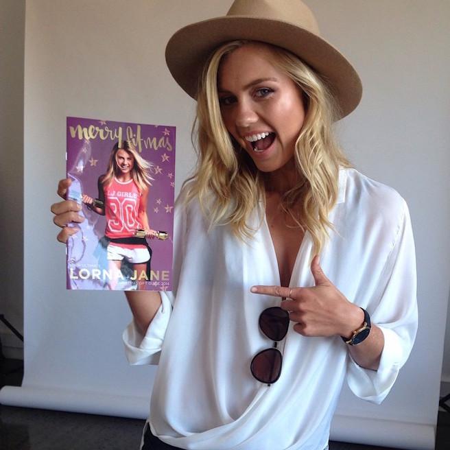 Elyse-Knowles-Instagirl-Instagram-Sexy-Blonde-Bikini-Wilhelmina-Model-Mannequin-Australienne-Melbourne-Jolie-effronte-14