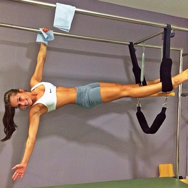 Gabriella-Lenzi-Instagirl-Instagram-Sexy-Jolie-Fille-Brune-Bikini-Ex-Copine-Neymar-Model-Mannequin-Brésilienne-Brésil-effronte-02