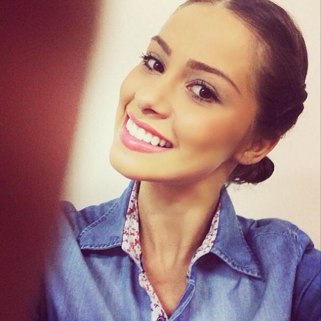 Gabriella Lenzi-Instagirl-Instagram-Sexy-Jolie-Fille-Brune-Bikini-Ex-Copine-Neymar-Model-Mannequin-Brésilienne-Brésil-effronte-05