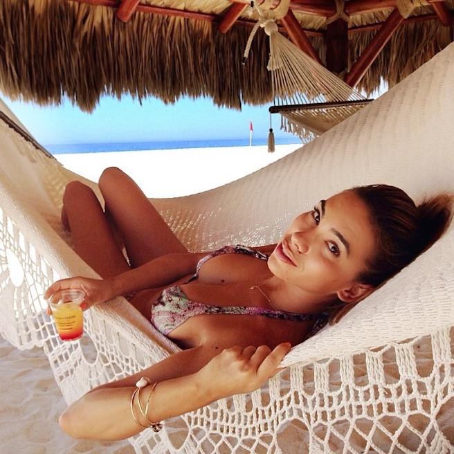 Jaimie Sullivan-Instagirl-Instagram-Sexy-Jolie-Fille-Brune-Bikini-Model-Mannequin-Fesses-Californie-Californienne-USA-effronte-15