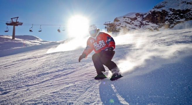 andrei-lavrov-sled-dog-snowskate-effronte-02_mini