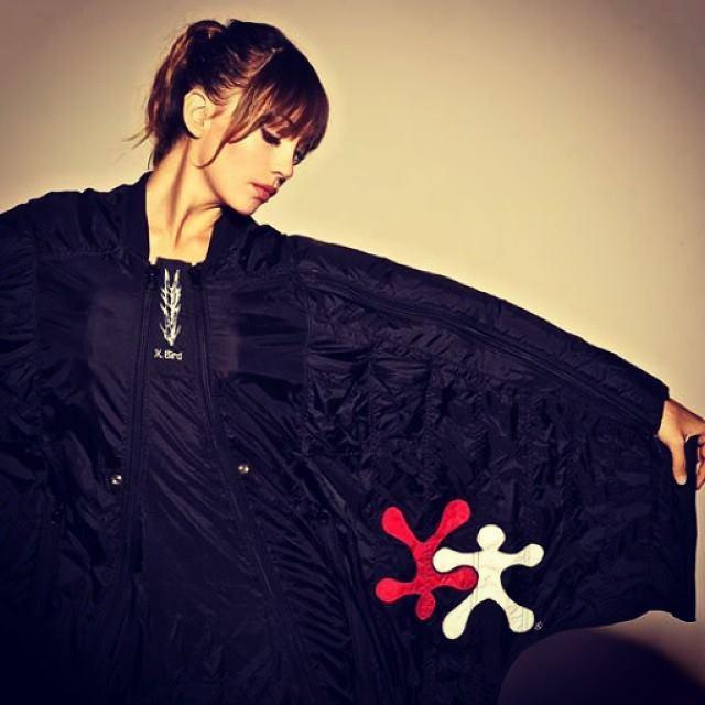 roberta-mancino-wingsuit