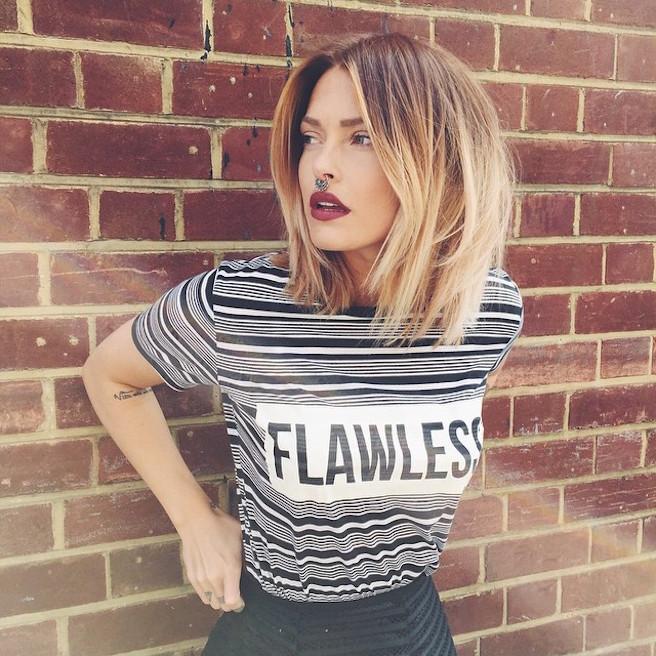 Caroline Receveur-Instagirl-Instagram-Sexy-Jolie-Fille-Blonde-Blogueuse-Mode-TV-NRJ12-France-Francaise-effronte-08