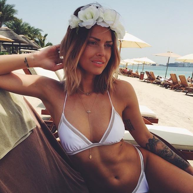 Caroline-Receveur-Instagirl-Instagram-Sexy-Jolie-Fille-Blonde-Blogueuse-Mode-TV-NRJ12-France-Francaise-effronte-14