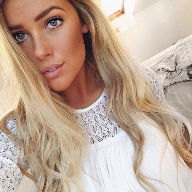 Maya Sophie-Segerlund-Instagirl-Instagram-Sexy-Jolie-Fille-Blonde-Blogueuse-Mode-Bikini-Danemark-Danoise-effronte-11