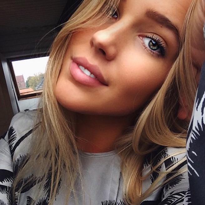 Maya Sophie-Segerlund-Instagirl-Instagram-Sexy-Jolie-Fille-Blonde-Blogueuse-Mode-Bikini-Danemark-Danoise-effronte-13