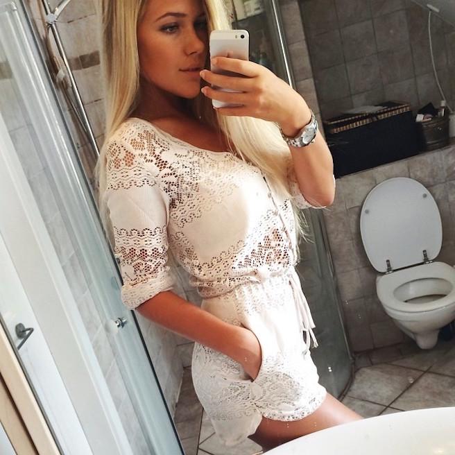 Maya Sophie-Segerlund-Instagirl-Instagram-Sexy-Jolie-Fille-Blonde-Blogueuse-Mode-Bikini-Danemark-Danoise-effronte-15