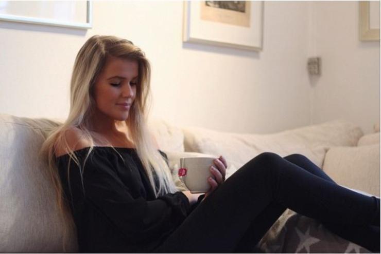 Maya-Sophie-Segerlund-Instagirl-Instagram-Sexy-Jolie-Fille-Blonde-Blogueuse-Mode-Bikini-Danemark-Danoise-effronte-cover-02.jpg