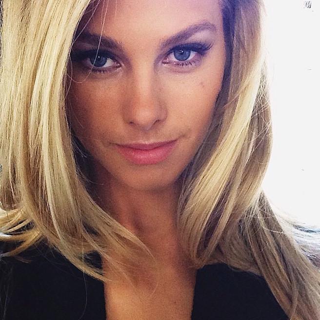 Natalie Roser-Instagirl-Instagram-Sexy-Jolie-Fille-Blonde-Mode-Bikini-Sydney-Australie-Australienne-Miss-Univers-2014-Team-Cheyenne-Tozzi-The-Face-effronte-01