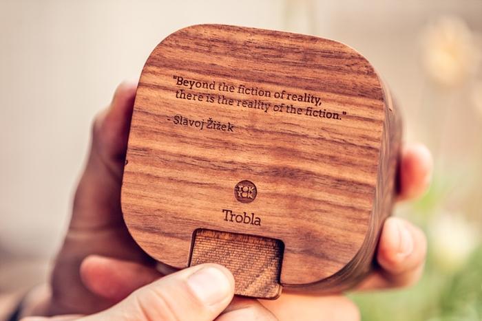 Trobla-startup-Tok-Tok-enceinte-passive-haut-parleur-en-bois-effronte-03