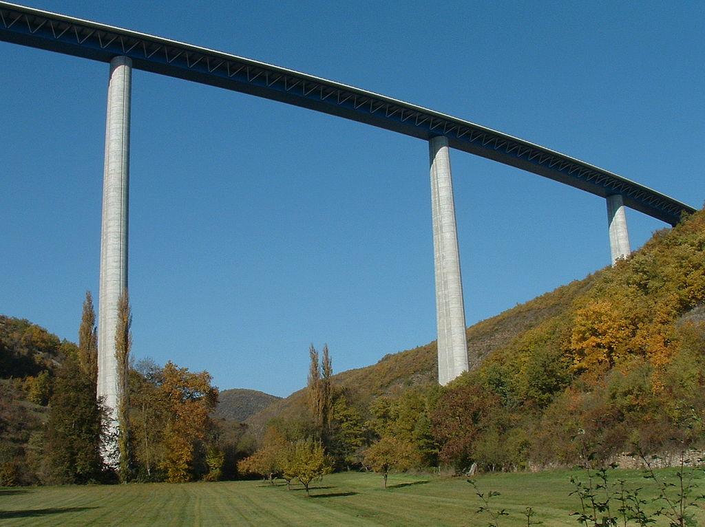 Viaduc-de-Verrieres-wikimedia-commons