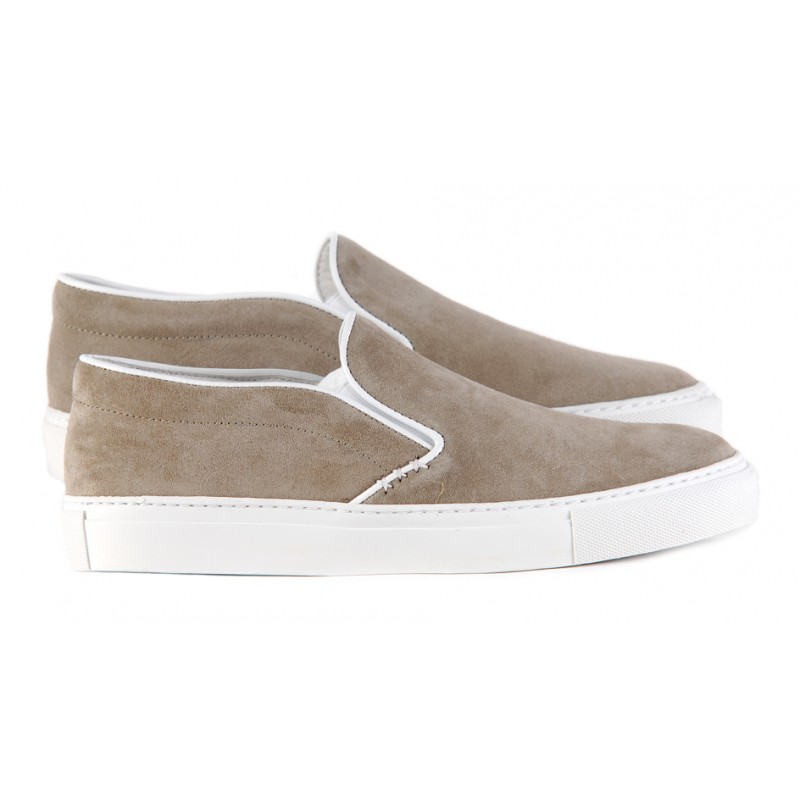 lookbook-DUTT-du-travail-traditionnel-sneakers-basket-chaussures-made-in-france-lifestyle-homme-effronte-chaussure-pomport-gris-taupe