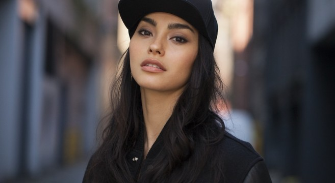 Adrianne Ho-Instagirl-Instagram-Sexy-Jolie-Fille-Brune-Chinoise-Française-Toronto-Mode-Mannequin-USA-Américiane-Sweat-The-Style-effronte-cover-02