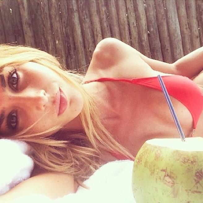 Ann Kathrin Brommel-Instagirl-Instagram-Sexy-Jolie-Fille-Blonde-Allemande-Allemagne-Mario-Gotze-Copine-Mannequin-Femme-Joueur-Foot-Bayern-Munich-effronte-09