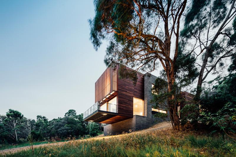 Maison-Invermay-House-par-Moloney-Architectes-02