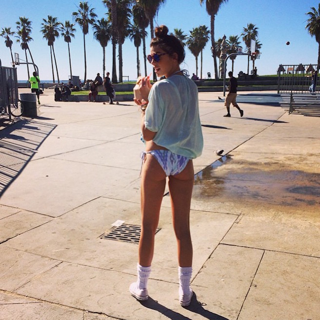 Raina Hein-Instagirl-Instagram-Sexy-Jolie-Fille-Brune-Sourire-Mode-Mannequin-Bikini-Los-Angeles-LA-USA-Américiane-To-Say-Goodbay-effronte-06