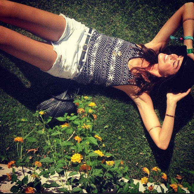Raina-Hein-Instagirl-Instagram-Sexy-Jolie-Fille-Brune-Sourire-Mode-Mannequin-Bikini-Los-Angeles-LA-USA-Américiane-To-Say-Goodbay-effronte-10