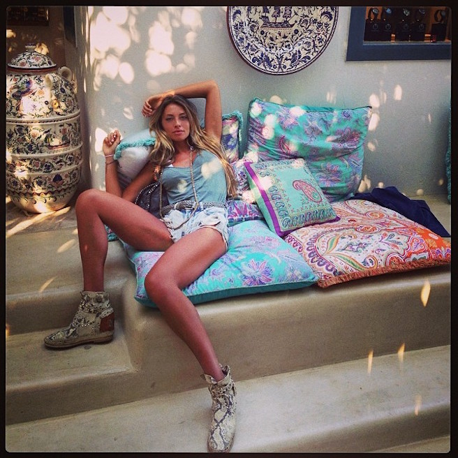 Alessia Tedeschi-Instagirl-Instagram-Sexy-Jolie-Fille-Bombe-Blonde-Italienne-Italie-Mannequin-Femme-Milan--Sport-Binini-Bikinis-Footballeur-Nouvelle-Copine-Cristiano-Ronaldo-WAG-effronte-07