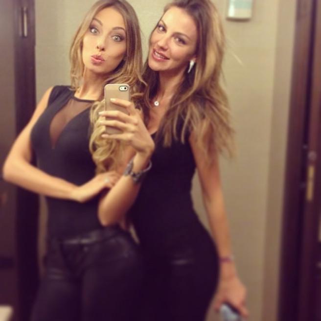 Alessia-Tedeschi-Instagirl-Instagram-Sexy-Jolie-Fille-Bombe-Blonde-Italienne-Italie-Mannequin-Femme-Milan--Sport-Binini-Bikinis-Footballeur-Nouvelle-Copine-Cristiano-Ronaldo-WAG-effronte-15