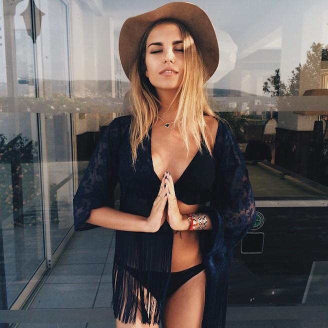 Alexandra Burimova-Instagirl-Instagram-Sexy-Jolie-Fille-Bombe-Blonde-Russe-Russie-Mannequin-Femme-Sport-Bikini-Skate-effronte-13