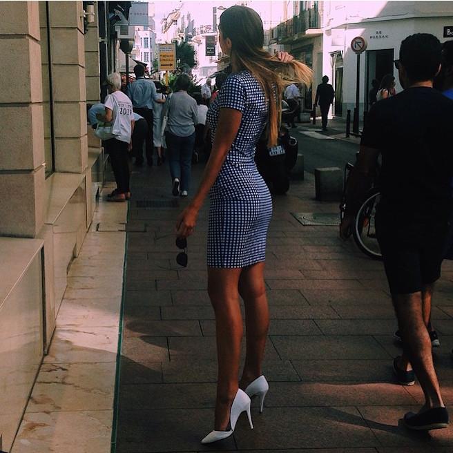 Carmella Rose-Instagirl-Instagram-Sexy-Jolie-Fille-Bombe-Brune-Américaine-Los Angeles-Mannequin-Femme-Sport-Bikini-wilhelmina-effronte-03
