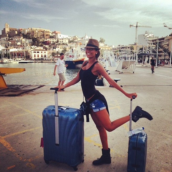 Federica Nargi-Instagirl-Instagram-Sexy-Jolie-Fille-Bombe-Brune-Italienne-Rome-Turin-Mannequin-Femme-Sport-Bikini-Présentatrice-Juventus-Matri-effronte-06