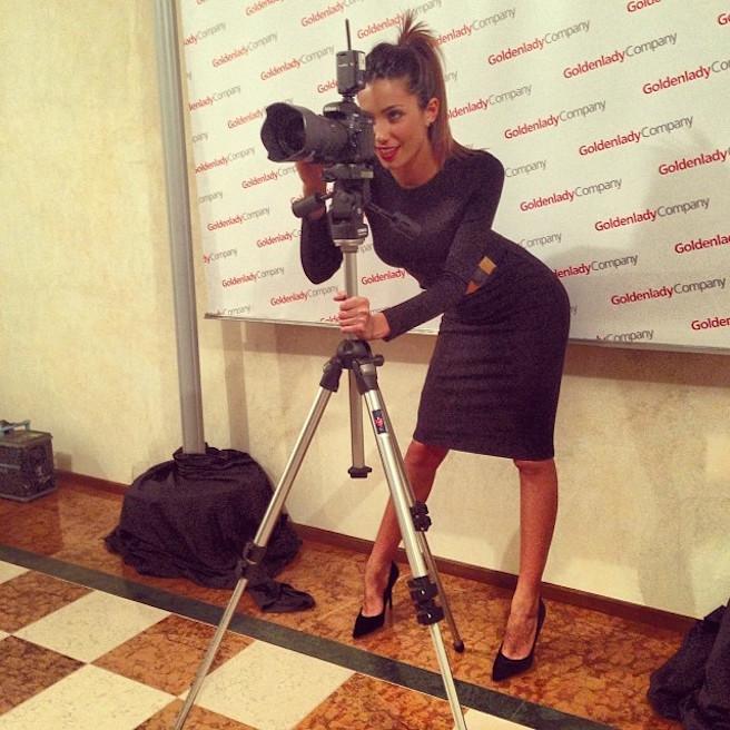Federica-Nargi-Instagirl-Instagram-Sexy-Jolie-Fille-Bombe-Brune-Italienne-Rome-Turin-Mannequin-Femme-Sport-Bikini-Présentatrice-Juventus-Matri-effronte-11