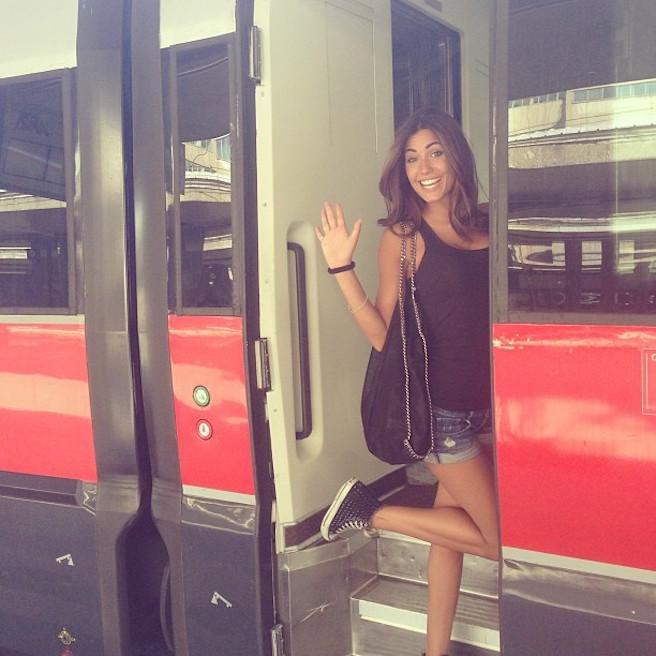 Federica-Nargi-Instagirl-Instagram-Sexy-Jolie-Fille-Bombe-Brune-Italienne-Rome-Turin-Mannequin-Femme-Sport-Bikini-Présentatrice-Juventus-Matri-effronte-12