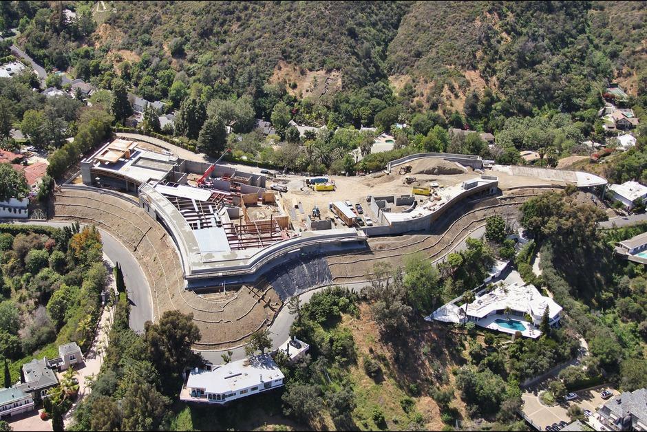 Villa-à-500-millions-de-dollars-dans-le-quartier-de-Bel-Air-Architecture-Los-Angeles-Effronte-06