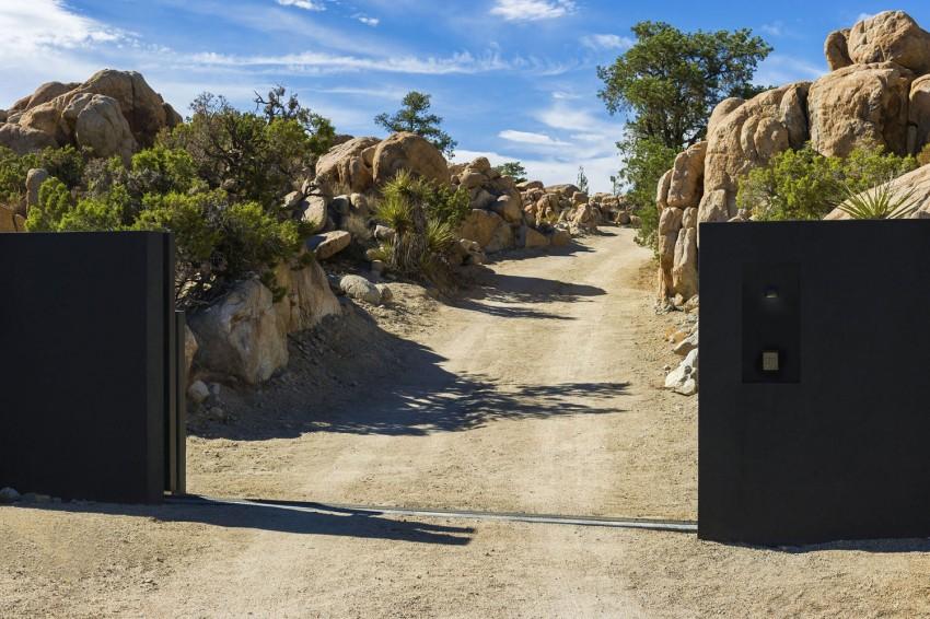 Yucca Valley House 3-par-Oller-Pejic-Architecture-Architecture-Design-Desert-Johua-Tree-effronte-01